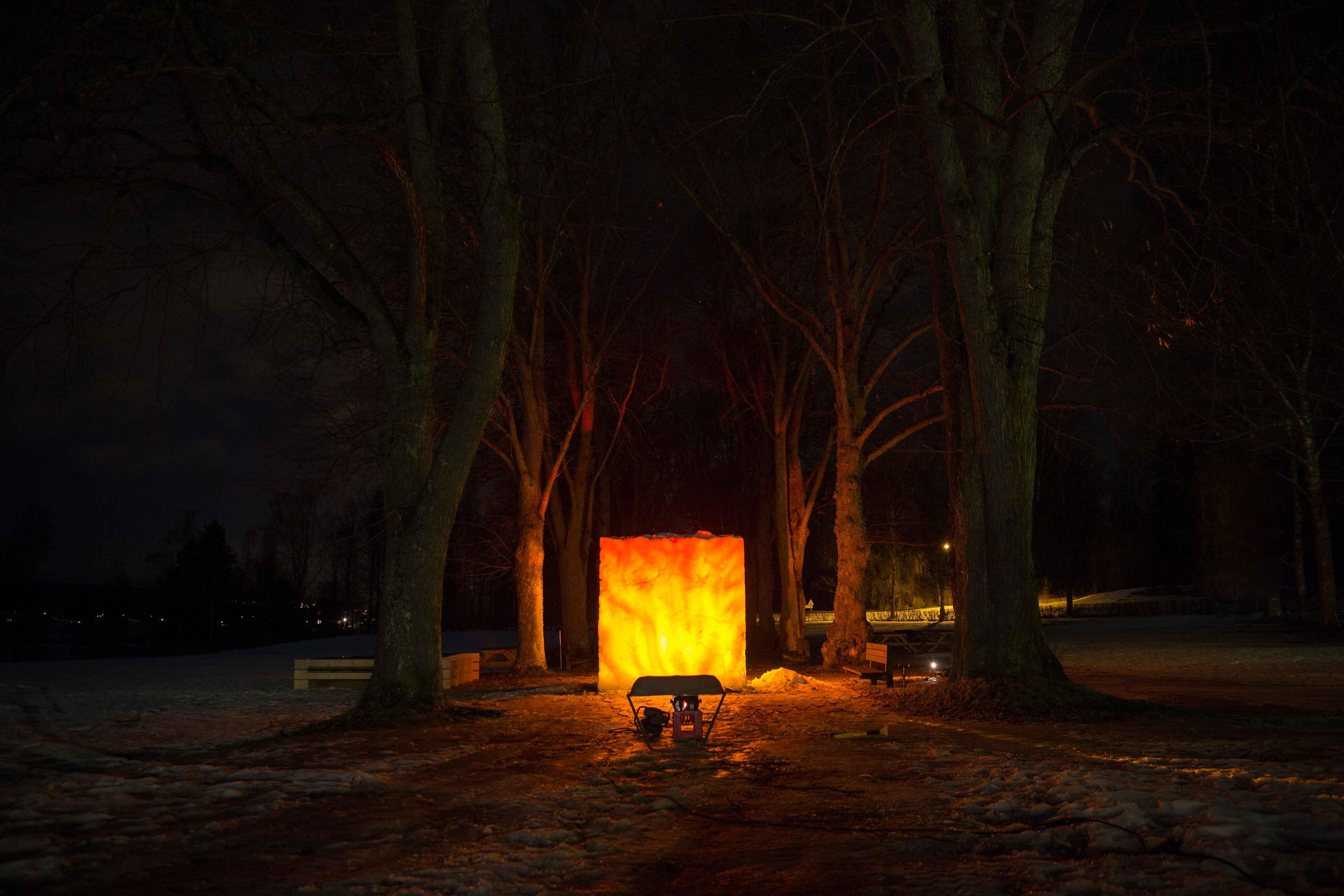 snöinstallation_vm_falun_räfsnäsgårdenbrinnande_snö_konst_installation_ludvika_01